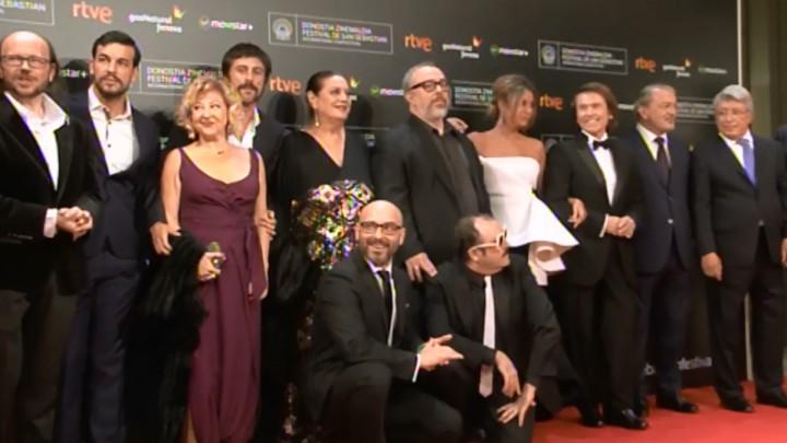 Alfonbra Gorria ''Mi Gran Noche'' (S.O.)