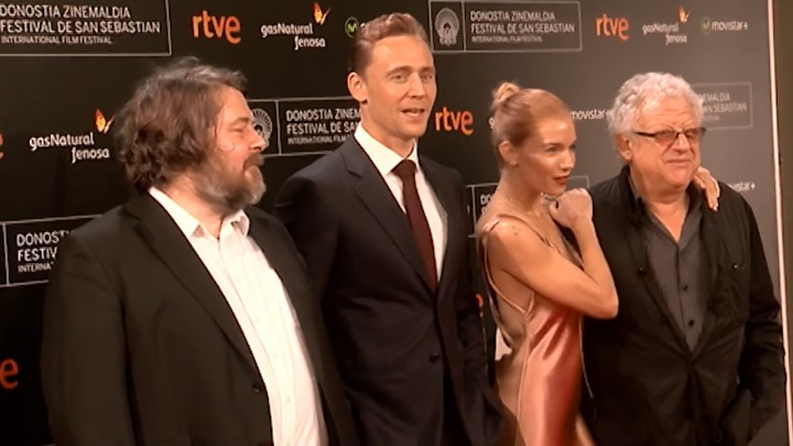 Red Carpet ''High-Rise'' (S.O.)