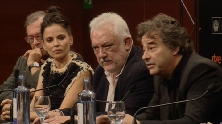 Press conference  ''Lejos del mar'' (S.O)
