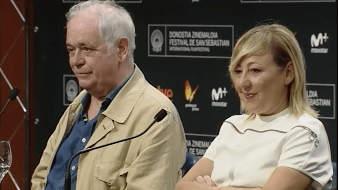 Press Conference ''Manda Huevos''