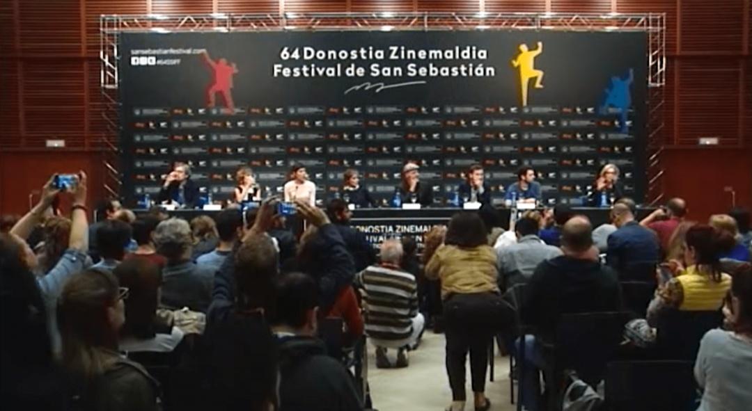 Press Conference ''Que Dios Nos Perdone''(O.S)