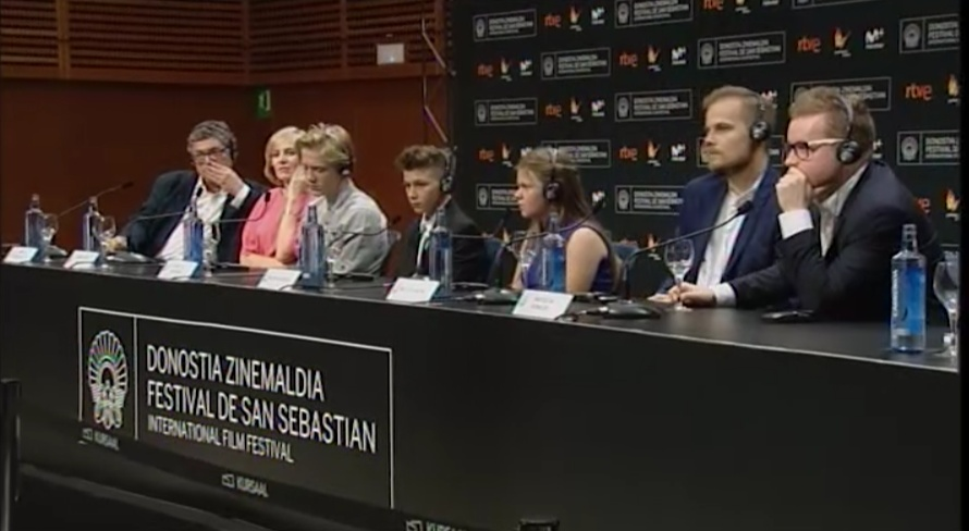 Press Conference  ''Plac Zabaw / Playground'' (O.S)