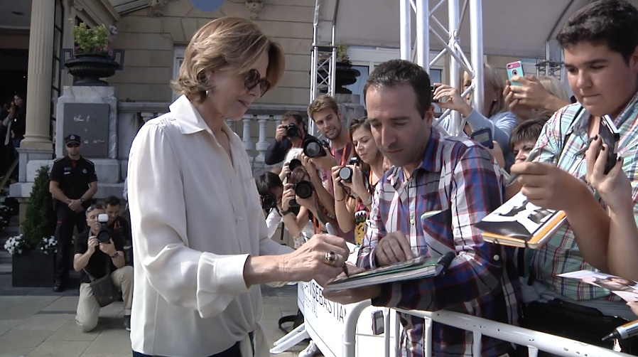 Arrival of Sigourney Weaver