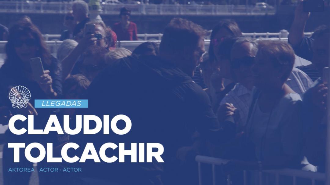 Arrival of Claudio Tolcachir ''Una Especie de Familia'' (O.S.)