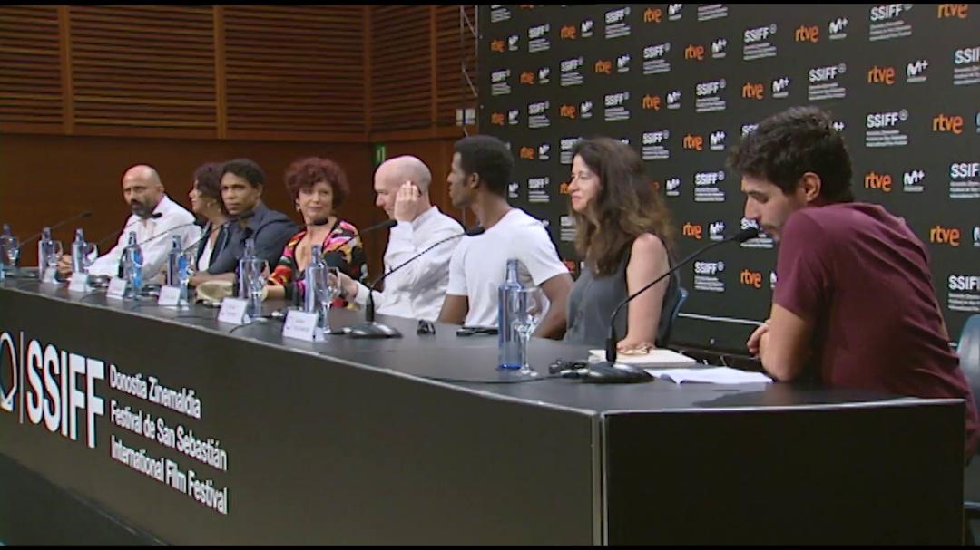 Press Conference: ''YULI'' (O.S)