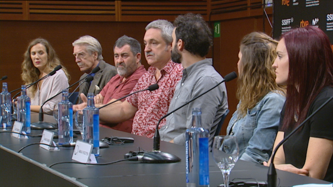 Press Conference ''DANTZA'' (O.S)