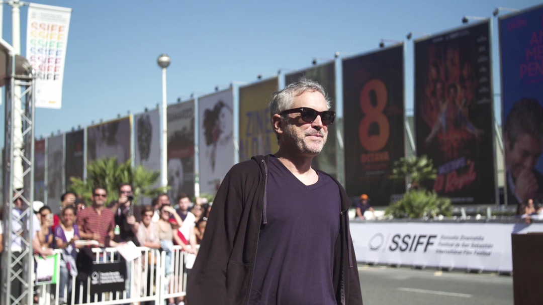 Arrival of ''ALFONSO CUARÓN'' ''ROMA'' (Pearls)