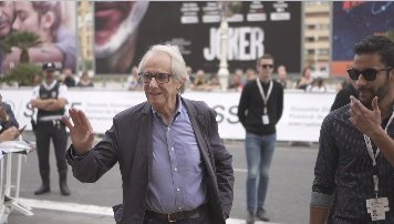 Llegada de Ken Loach ''SORRY WE MISSED YOU'' (Perlak)