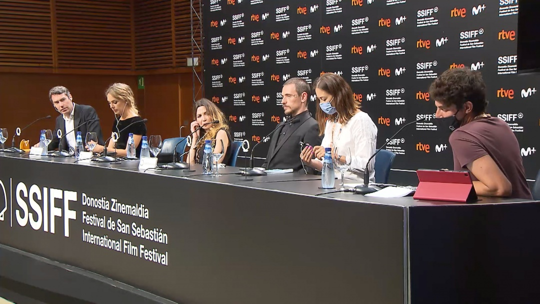 Press Conference ''PASSION SIMPLE'' (Official Selection)