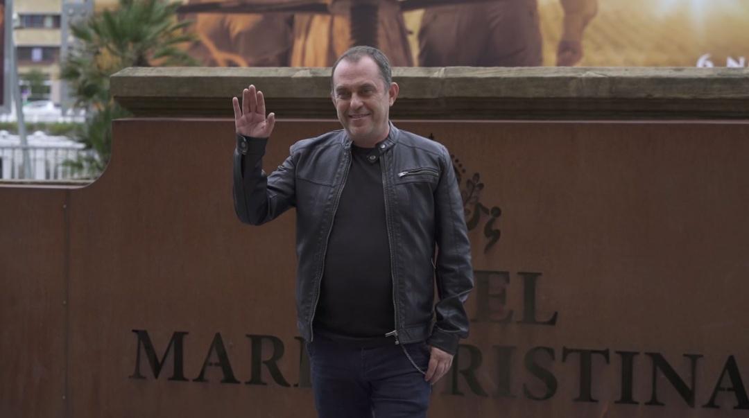 Arrival of Carlos Sedes ''EL VERANO QUE VIVIMOS' (C.G.)