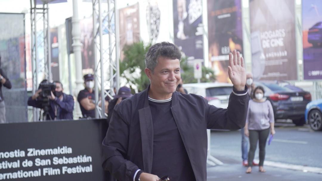 Arrival of Alejandro Sanz ''EL VERANO QUE VIVIMOS'' (C.G.)