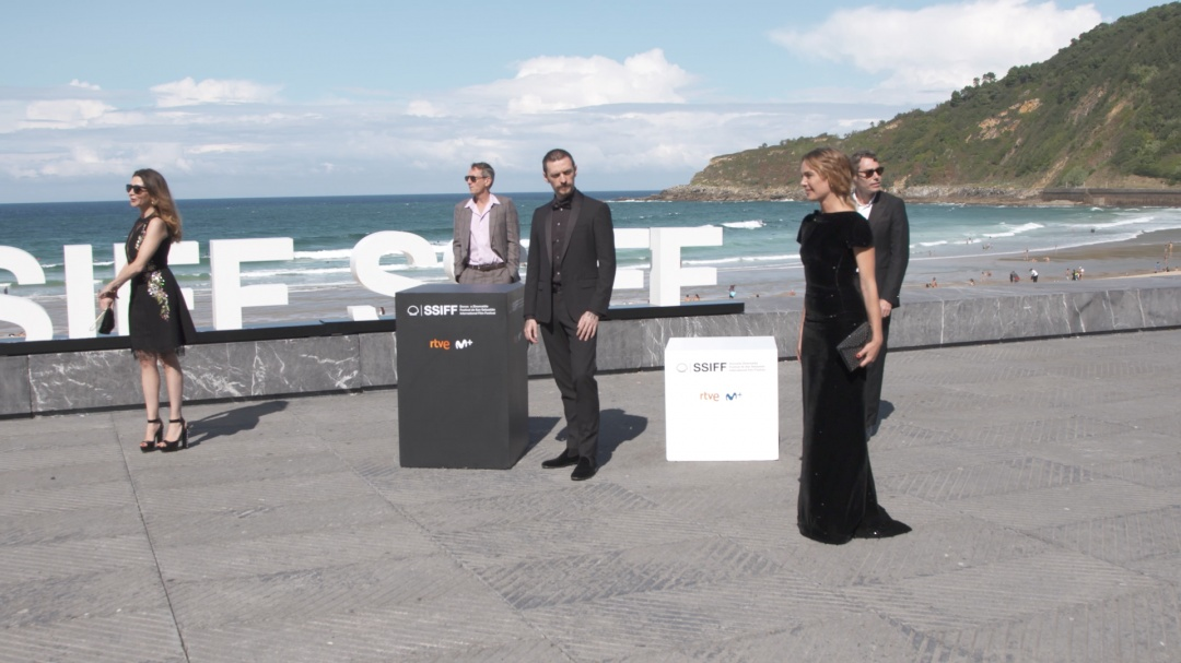 Photocall ''PASSION SIMPLE'' (S.O.)