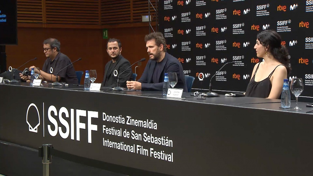 Press Conference ''EL GRAN FELLOVE / THE GREAT FELLOVE'' (O.S.)