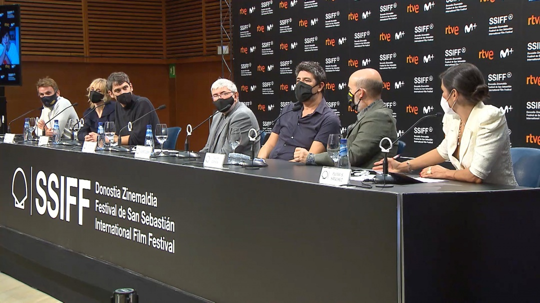 Press Conference ''SENTIMENTAL / THE PEOPLE UPSTAIRS'' and ''EXPLOTA, EXPLOTA / MY HEART GOES BOOM!'' (RTVE Screenings)