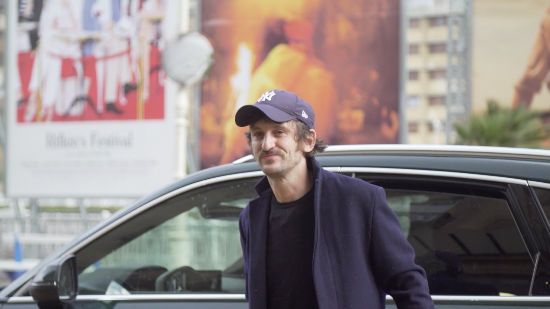 Raúl Arévalo-ren iristea ''ANTIDISTURBIOS / RIOT POLICE'' (S.O.)