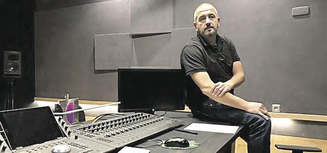 Marc Orts en su estudio.