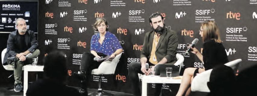 Carlos R. Ríos, Miren Aperribay, Tito Rodríguez y Silvia Lobo en la presentación.