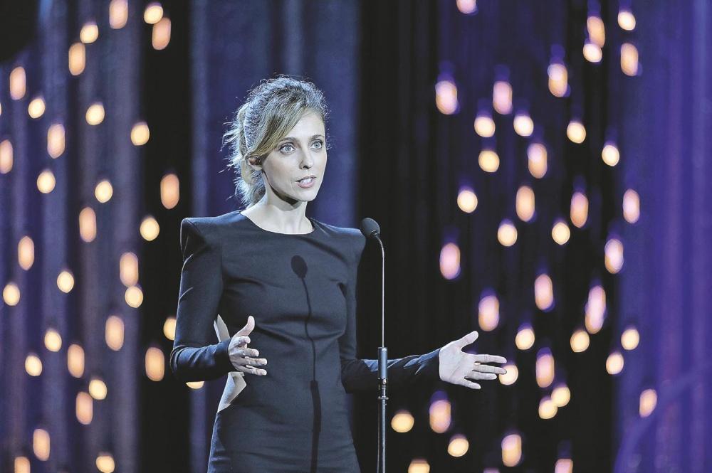 Leticia Dolerak femme fatale gisara jantzirik aurkeztu zituen thrillerrak.