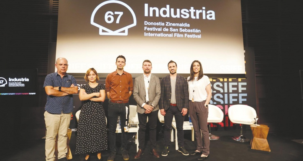 Miguel Salvat, Susana Herreras, Darío Madrona, Ricardo Cabornero, Diego Ávalos, Elena Neira.