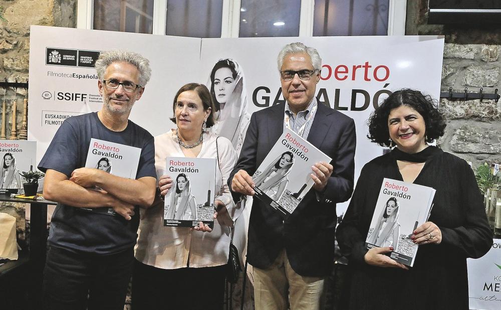 Quim Casas, Ana Cristina Iriarte, Roberto Gavaldón Jr. and Paula Astorga.