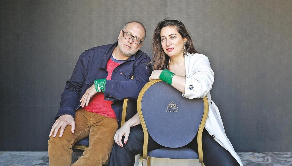El director Juan Solanas y la actriz Muriel Santa Ana.