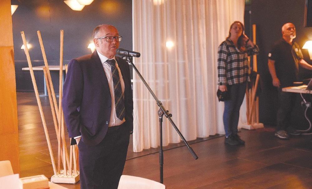 Jose Luis Rebordinos presentando el acto.