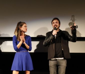 Marco Berger alza el premio Sebastiane Latino en Tabakalera