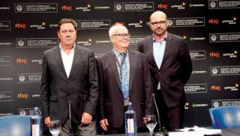 Joxe Portela, Ramón Colom y Benoît Ginisty, en la sala de prensa del Kursaal.