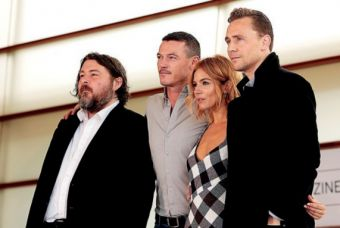 Director Ben Wheatley together with the actors Luke Evans, Sienna Miller and Tom Hiddlestone.