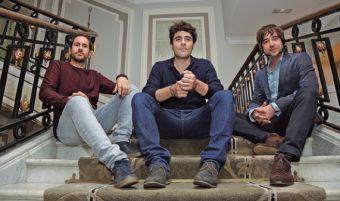 El director Gorka Bilbao, el productor Jose Luis Barredo y el director de fotografía Zigor Etxeberria.