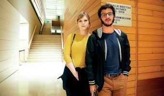Kate Hartnoll y Carlos M. Quintela, productora y director de La obra del siglo .