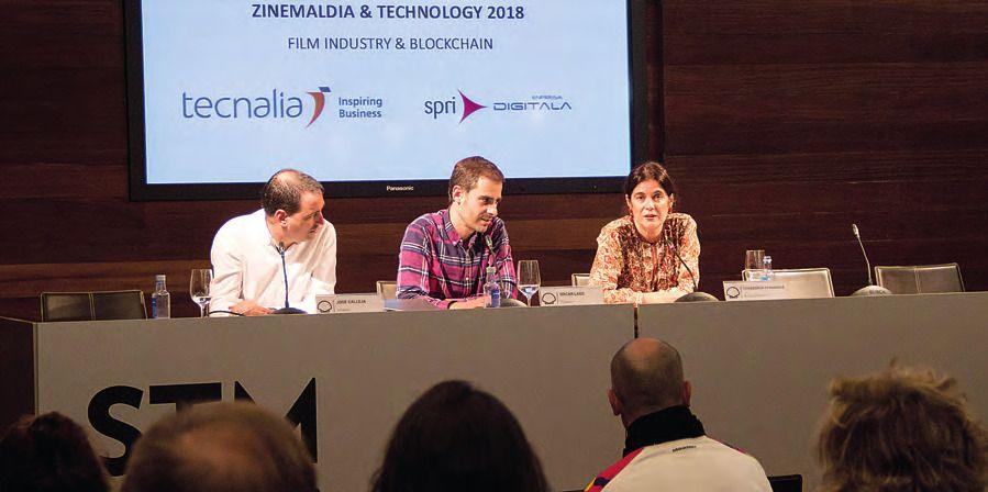 José Calleja, Oscar Lage y Covadonga Fernández, expertos en Blockchain, durante un instante de la conferencia